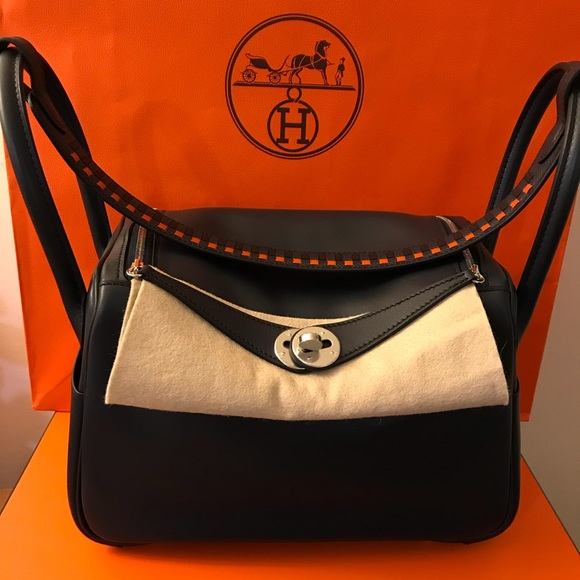 6fc64d20ac61 RARE HERMES LINDY 26 WITH TRESSAGE HANDLE